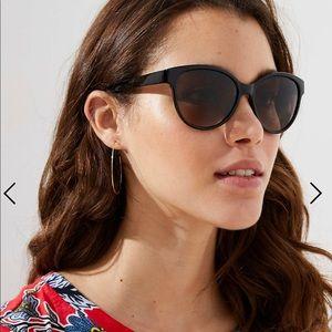Loft black cateye sunglasses